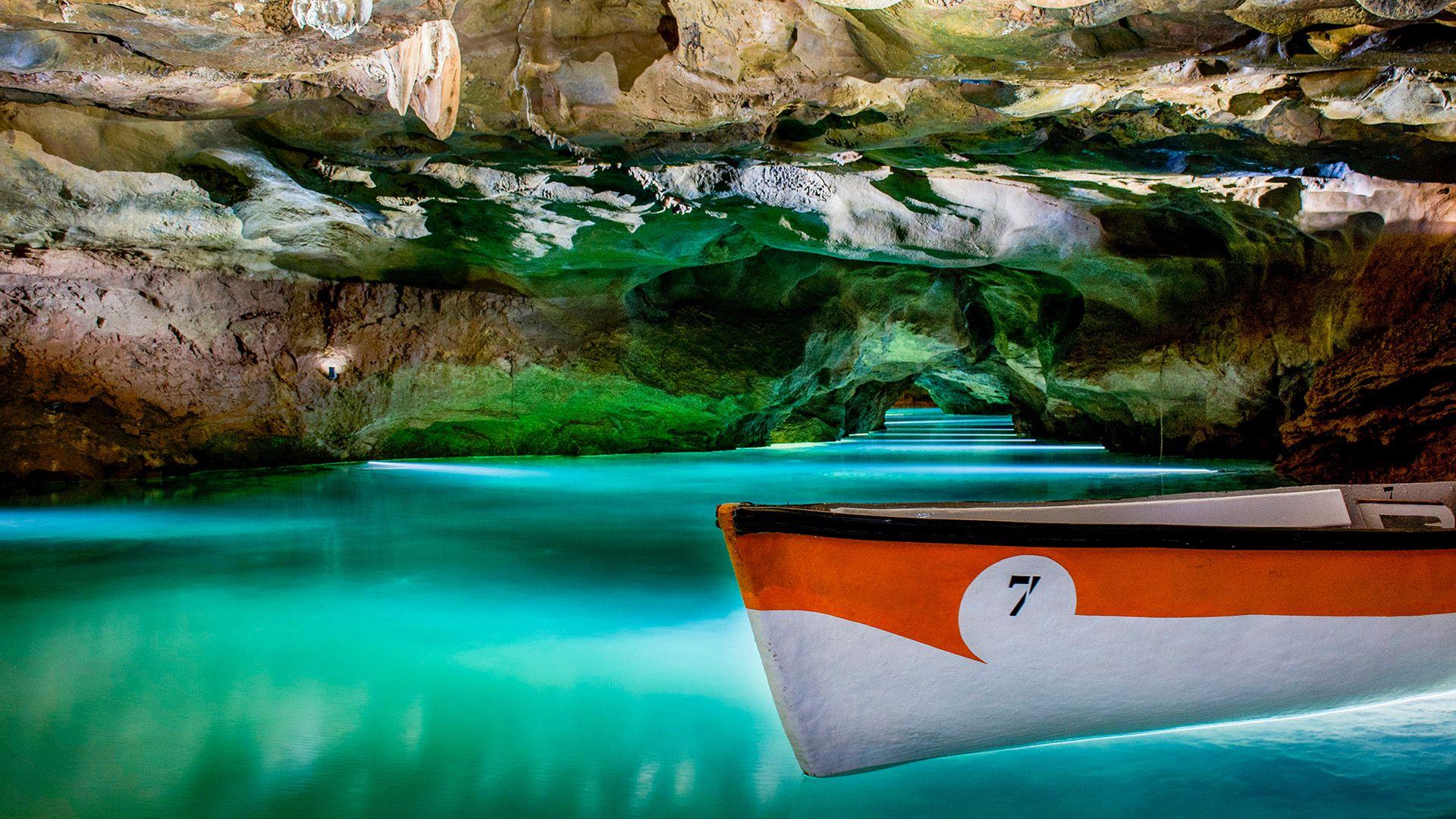 Guided Tour Saint Joseph Caves - Subterranean River